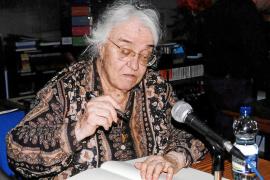 Fallece a los 89 años la catedrática de Filosofía Llanos Lozano