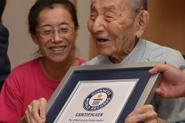 Un japonés de 112 años es el hombre más longevo del mundo