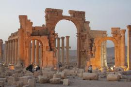 Milicianos del Estado Islámico vuelan el Templo de Baalshamin