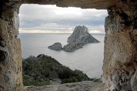 Sant Josep regulará el acceso a sa Pedrera y la Torre des Savinar ante la masificación