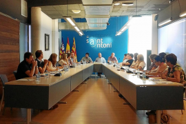 Los vecinos de Can Germà critican la paralización de la compra de la red de agua