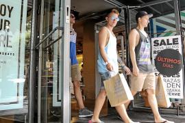 Eivissa descuelga el cartel de rebajas con más ventas