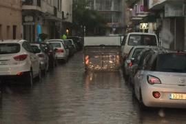 Inundaciones en diversos puntos de Eivissa pese a las obras del alcantarillado municipal