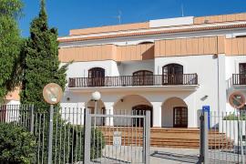 La UNED de Eivissa exige al Consell que la sede vuelva al edificio de Cas Serres