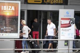 'Piratas' del taxi en el aeropuerto de es Codolar
