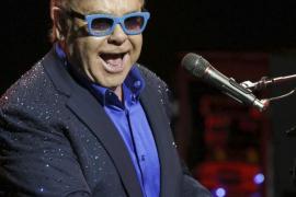 Putin no llamó a Elton John, fueron unos humoristas rusos