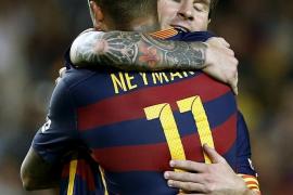 El Barça, en el segundo tiempo, despierta de la apatía y golea al Levante
