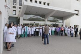 Convocan una concentración frente al Consolat el 8 de octubre por la carrera profesional
