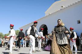 Fiesta y buenos alimentos por  Sant Mateu