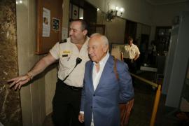 El empresario Gabriel Sampol apunta  a un «subterfugio» para excluirle de Son Espases