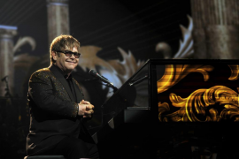 Elton John habló finalmente con Vladímir Putin