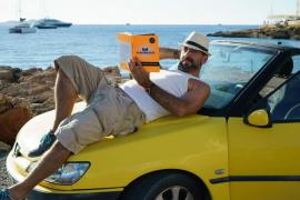 'Strambotic': una  enciclopedia de lo insólito gestada en Eivissa