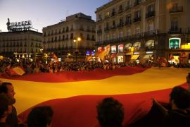 Concentración en la Puerta del Sol al grito de «Unidad de España»
