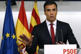 Rajoy, Sánchez e Iglesias reúnen a sus direcciones para analizar el 27S
