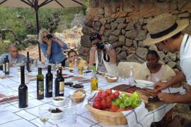 Seis periodistas canadienses conocen la oferta turística de Mallorca y Eivissa