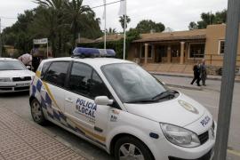 La Policía Local de Santa Eulària detiene a dos hombres por violencia de género