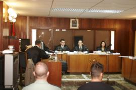 Absueltos dos guardias civiles de cargos de torturas a un detenido en Sant Antoni