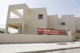 Govern y Consell anuncian la creación de una oficina conjunta de la vivienda en Eivissa