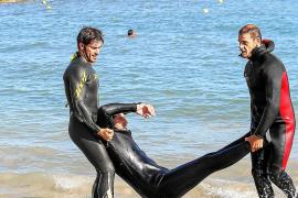 Voluntarios de Protección Civil continúan su preparación en Vila para socorrer en alta mar