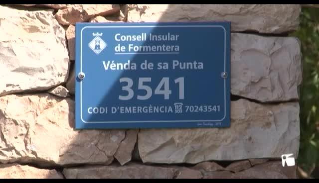 VÍDEO: Colocan 3.300 placas para ubicar por GPS viviendas diseminadas en Formentera