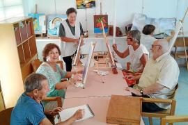 Vuelven los talleres para mayores a la Llar Eivissa