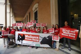Los partidos del Pacte quieren que las corridas de toros estén abolidas en 2016