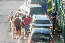 Taxistas legales inician contactos con rent a car para elaborar una «lista negra» de piratas