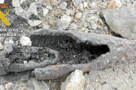 La Guardia Civil destruye una granada de mortero hallada con su carga en Can Sifre