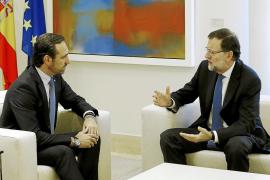 Rajoy deja morir el régimen especial que pactó con Bauzá a un mes de las elecciones