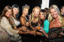 El Hotel Santos celebra un gran final de temporada entre amigos