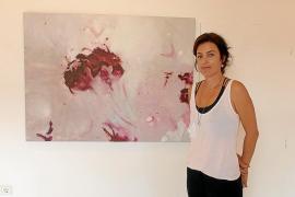 Ana Celada inaugura su nueva exposición: 'Ver el verso'