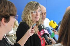 Gómez pide responsabilidad a los sindicatos ante la amenaza de una huelga en la Sanidad