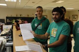 La Assemblea de Docents pide reabrir las negociaciones con Educació
