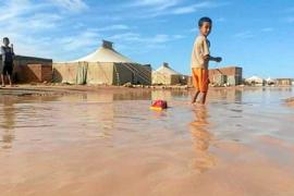 Preocupación entre las familias de acogida por las lluvias en los campamentos  saharauis