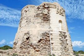 La torre de sa Guardiola de s'Espalmador, una víctima más de la erosión marina