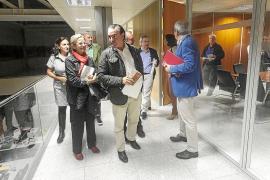 Patronales y sindicatos constatan que el dinero recaudado no se quedará en Eivissa