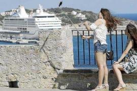 El turismo de cruceros tiene un impacto de 13,4 millones de euros en las Pitiüses