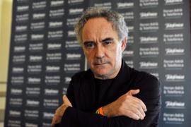 Ferran Adrià defiende el consumo «moderado» de carne «de calidad»