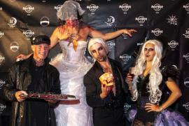 Halloween tiñó de negro el Hard Rock Hotel