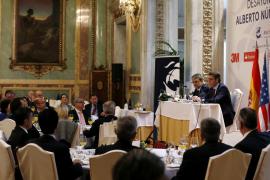 Núñez Feijóo: «Rajoy no es muy lucido, pero sí muy lúcido»
