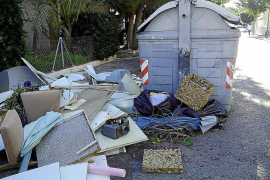 Retiran la basura de Cas Serres tras las críticas por falta de limpieza