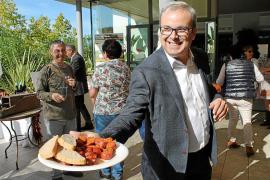 El Consell d'Eivissa vuelve a presentar la marca propia de la sobrasada ibicenca