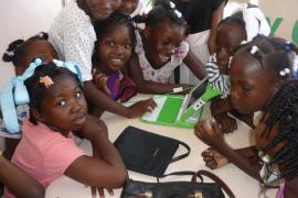 Las niñas embarazadas de Sierra Leona tienen prohibido ir a la escuela