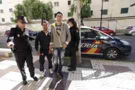 Autorizado el ingreso en el CIE de València de los inmigrantes interceptados en Formentera