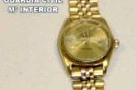 Una pareja de italianos aceptan 2 años de cárcel por el robo de un reloj de 120.000 €