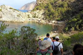 Comienza la temporada de excursiones con una ruta entre Sant Mateu y es Portitxol