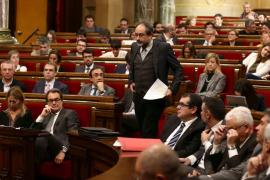 Katalanisches Parlament stimmt für Unabhängigkeitsplan