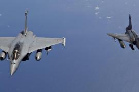 Bombarderos franceses atacan posiciones del Estado Islámico en Siria