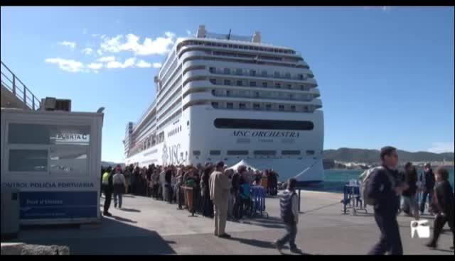 """VÍDEO: La Federación Hotelera pitiusa inicia la """"desconexión"""" de la conselleria de Turismo por el impuesto turístico"""