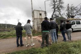 VÍDEO: Fallece un operario tras caer de un poste de electricidad en Santa Eulària